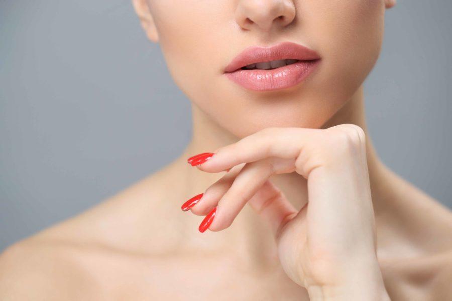 ¿Cómo lucir un aumento de labios natural?